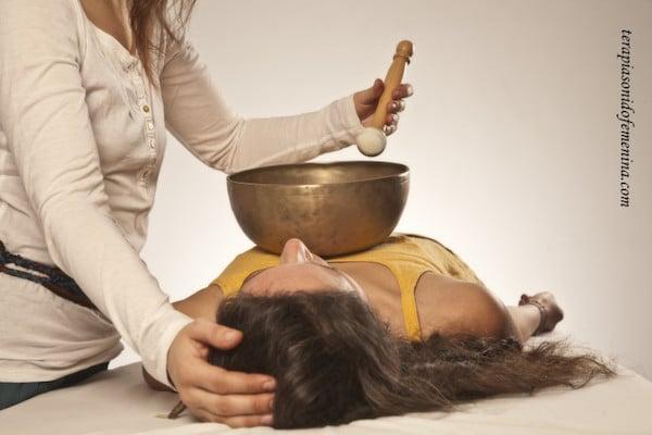terapia sonido femenina